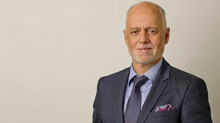 Dr. Gerald Bachinger über die bestmögliche Therapie bei Krebs
