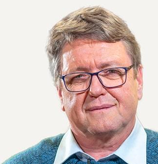 Prim. Mag. Dr. med. Josef Aichinger