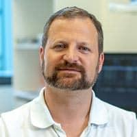 OA Dr. Hochmair